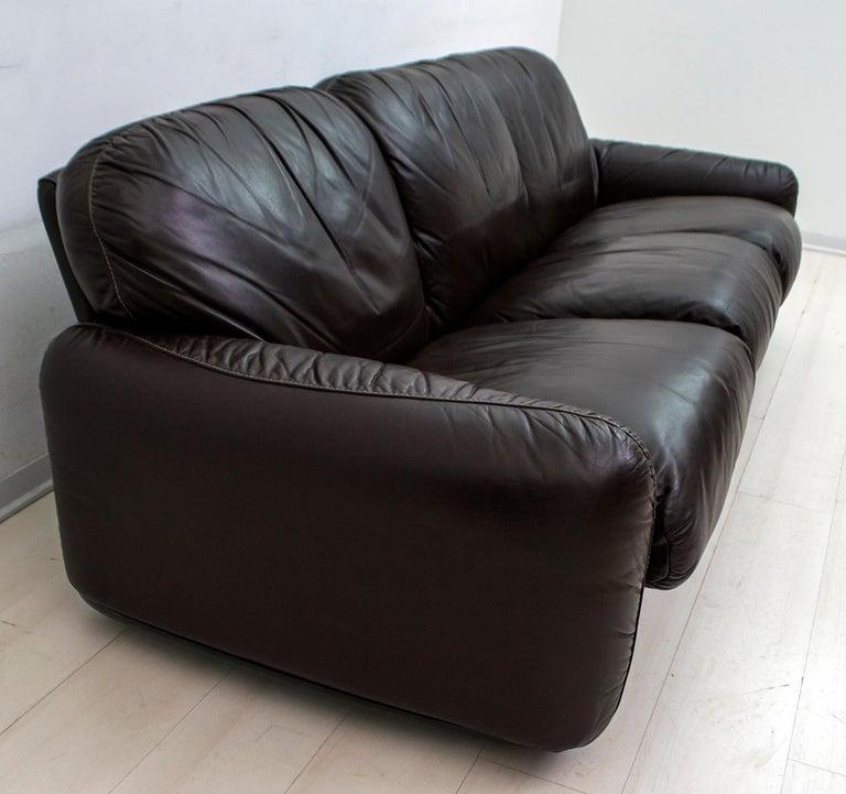 Late 20th Century Arrigoni Arrigo Modern Italian Genuine Leather Sofa