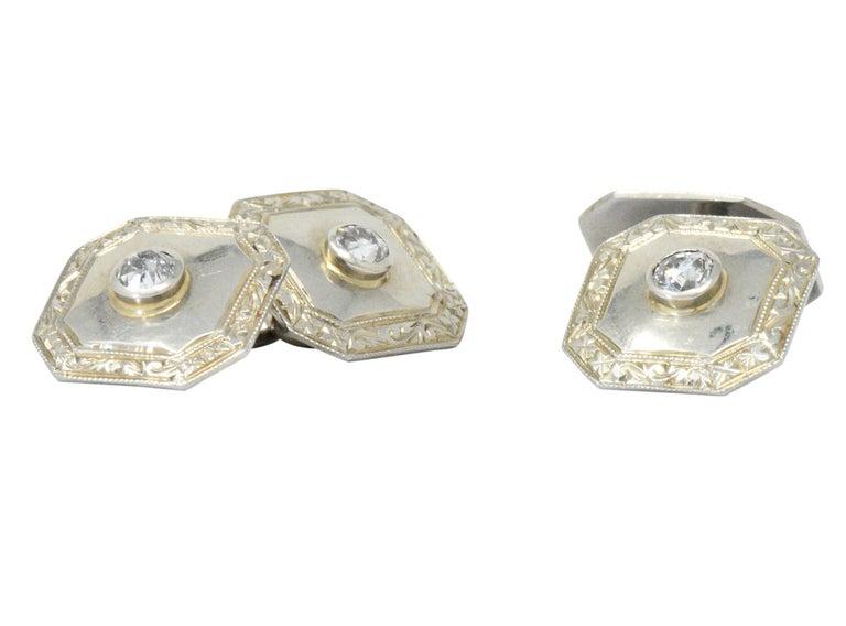 Art Deco 0.72 Carat Diamond 18 Karat White Gold Cufflinks For Sale 1
