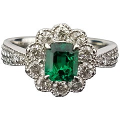 Colombian Emerald and White Diamond Platinum Band Ring