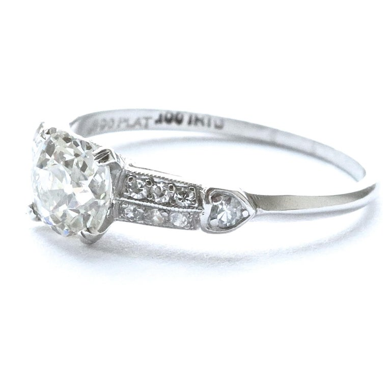 Art Deco 0.83 Carat Diamond Platinum Engagement Ring In Excellent Condition For Sale In Beverly Hills, CA