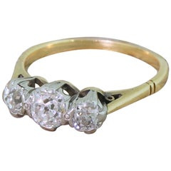 Art Deco 0.88 Carat Old Cut Diamond Trilogy Ring, circa 1920