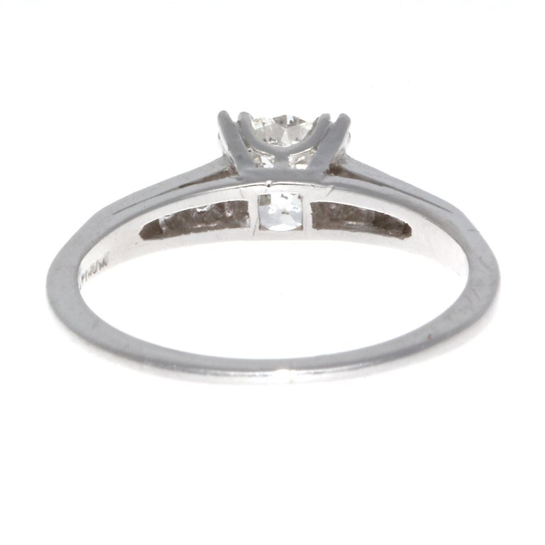 Women's Art Deco 0.92 Carat Diamond Platinum Ring