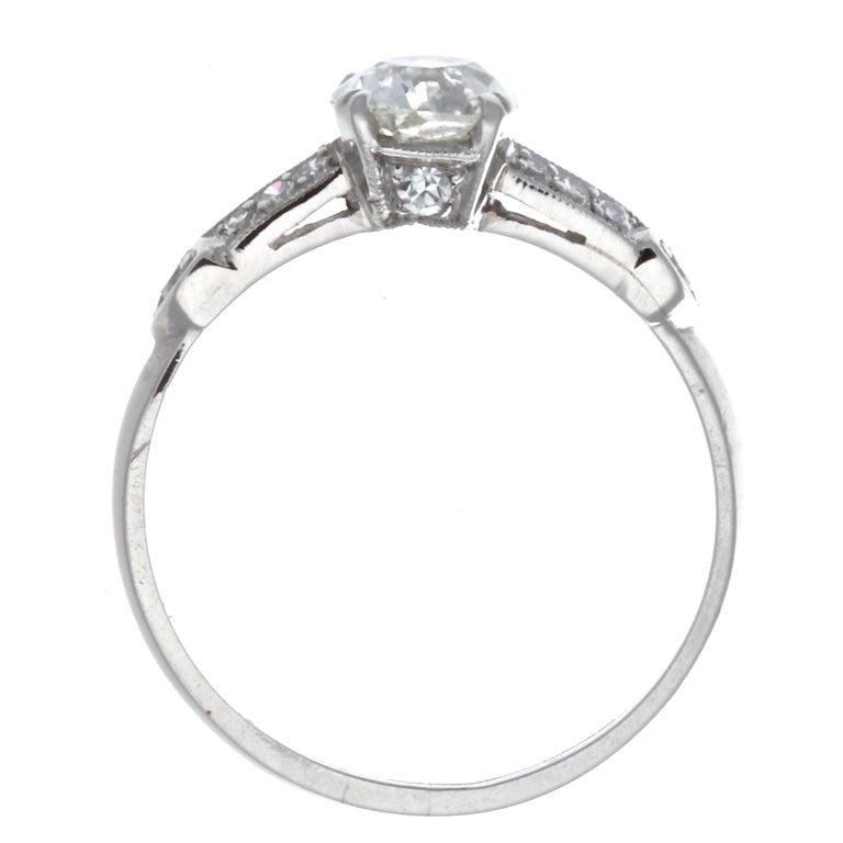 Art Deco 0.92 Carat Diamond Platinum Ring 3