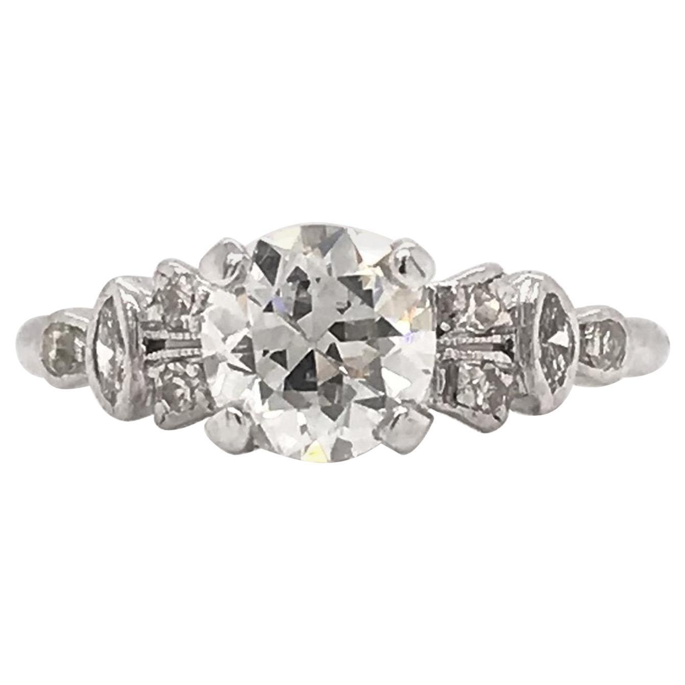 Art Deco 0.95 Carat Platinum Engagement Ring