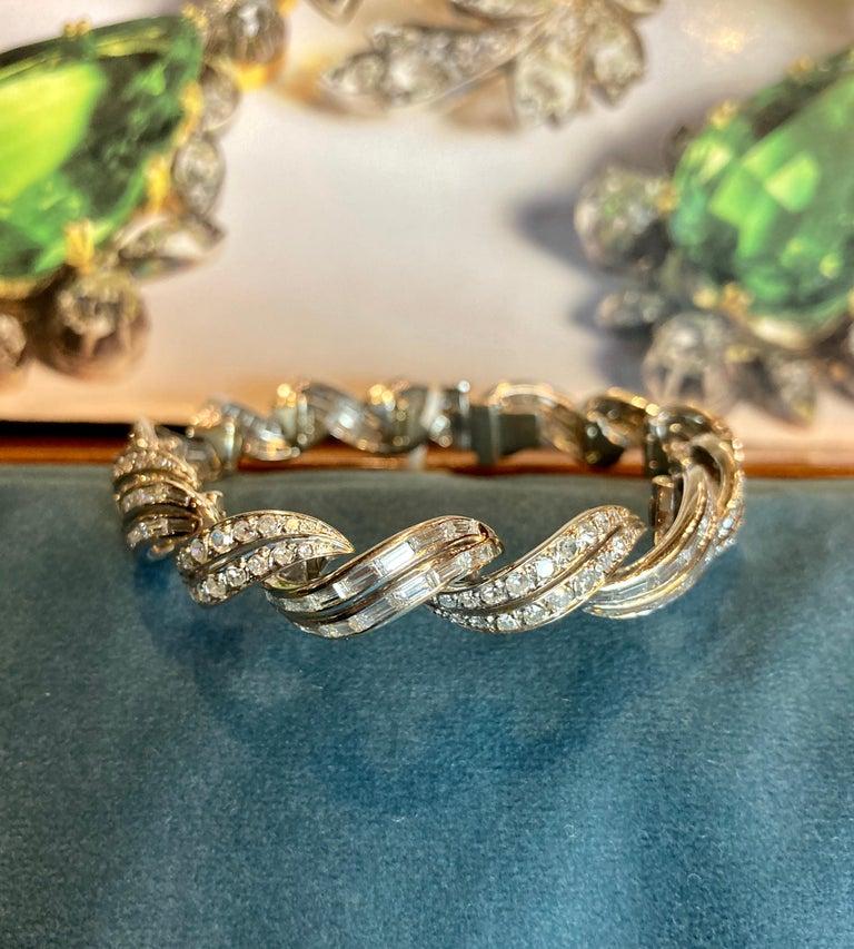 Mixed Cut Art Deco 10 Carat Diamond White Gold Swirl Bracelet For Sale