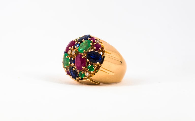 Art Deco Style 10.15 Carat Diamond Ruby Emerald Sapphire Yellow Gold Ring For Sale 9