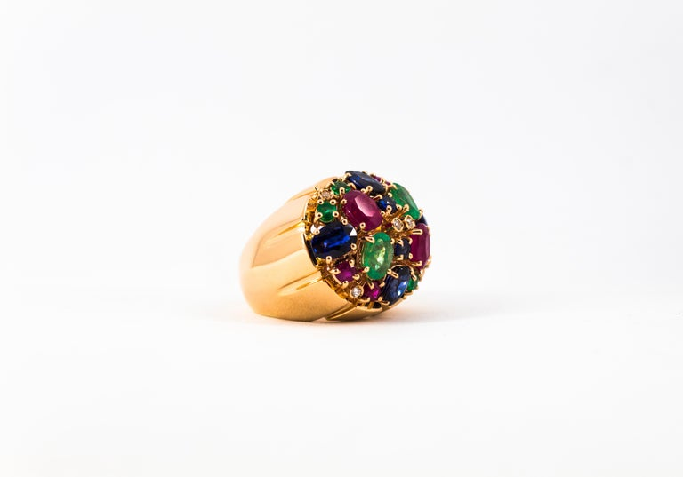 Art Deco Style 10.15 Carat Diamond Ruby Emerald Sapphire Yellow Gold Ring For Sale 13