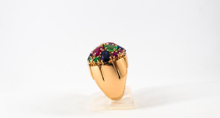 Art Deco Style 10.15 Carat Diamond Ruby Emerald Sapphire Yellow Gold Ring For Sale 1