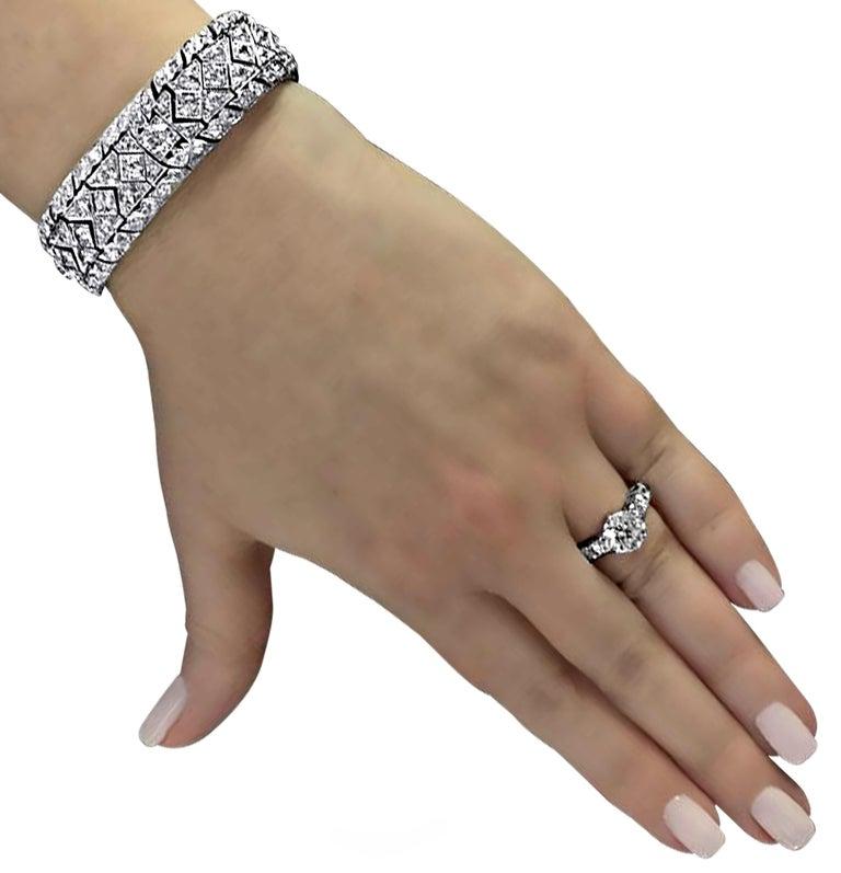 Old European Cut Art Deco 10.25 Carat Diamond Bracelet For Sale
