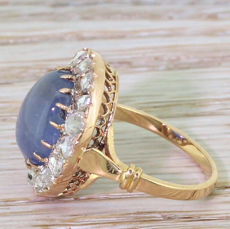 Art Deco 10.45 Carat Star Sapphire and Rose Cut Diamond Ring In Good Condition For Sale In Essex, GB