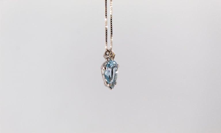 Women's or Men's Art Deco Style 1.20 Carat Aquamarine 0.03 Carat  Diamond White Gold Necklace For Sale