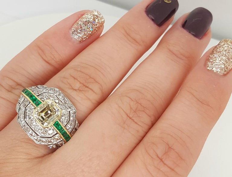Old European Cut Art Deco 1.24 Carat Emerald Cut Diamond and Emerald Platinum Ring For Sale