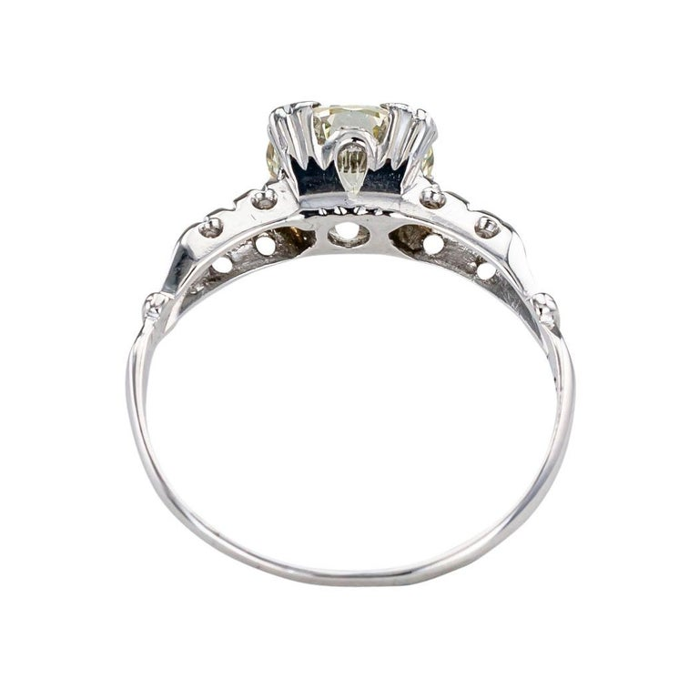 Women's Art Deco 1.34 Carat Diamond White Gold Solitaire Engagement Ring For Sale