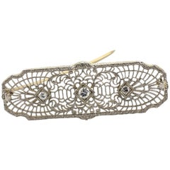 Art Deco 14 Karat White Gold Filigree Diamond Bar Pin Brooch