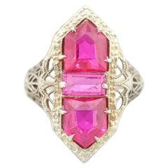 Art Deco 14 Karat White Gold Synthetic Ruby Shield Filigree Openwork Ring