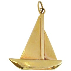 Art Deco 14 Karat Yellow Gold Blue Lapis Sailboat Pendant