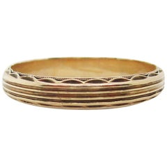 Art Deco 14 Karat Yellow Gold Engraved Wedding Band