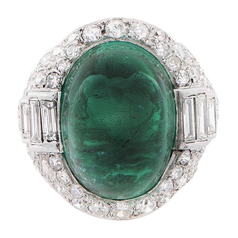 Art Deco 14.75 Carat Sugarloaf Cabochon Cut Colombian Emerald Diamond Ring For Sale 1