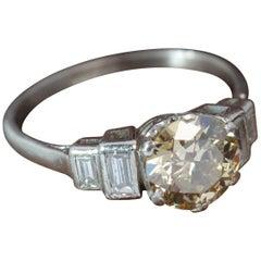 Art Deco 1.50 Carat Diamond and Platinum Engagement Ring