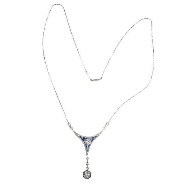 Women's Art Deco 1.50 Carat Diamond and Sapphire 18 Karat Yellow Gold Pendant Necklace For Sale