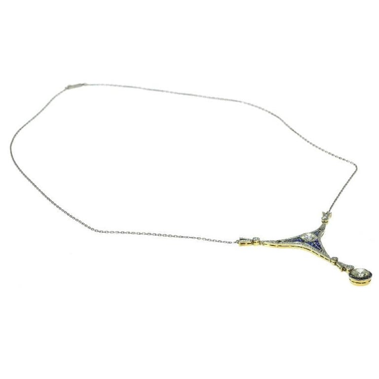 Art Deco 1.50 Carat Diamond and Sapphire 18 Karat Yellow Gold Pendant Necklace For Sale 3