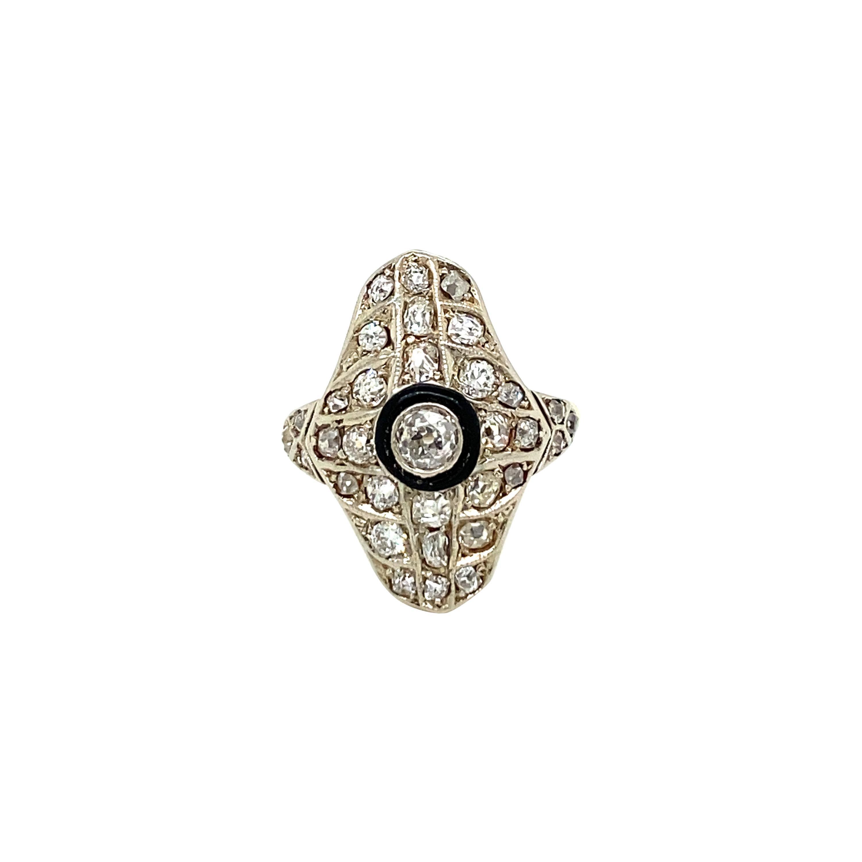 Art Deco 1.50 Carat Diamond Onyx Plaque Platinum Ring