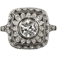 Art Deco 1.50 Carat Solitaire Platinum Ring