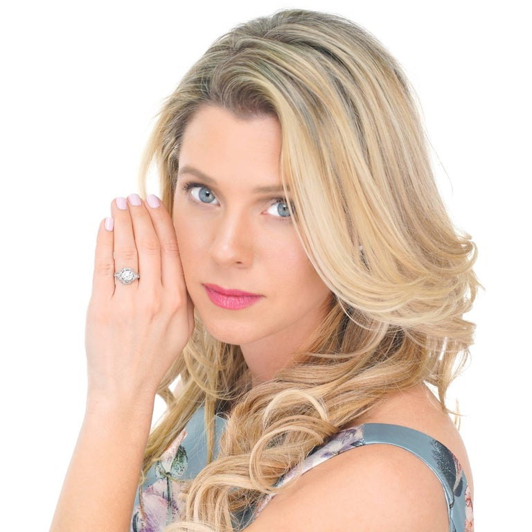 Women's Art Deco 1.68ct Diamond Platinum Engagement Ring For Sale