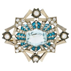 Art Deco 16.90 Carat Aquamarine Diamond Plique-A-Jour 14 Karat White Gold Brooch
