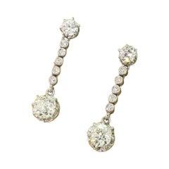 Art Deco 1.78 Carat Old Cut Diamond Drop Earrings
