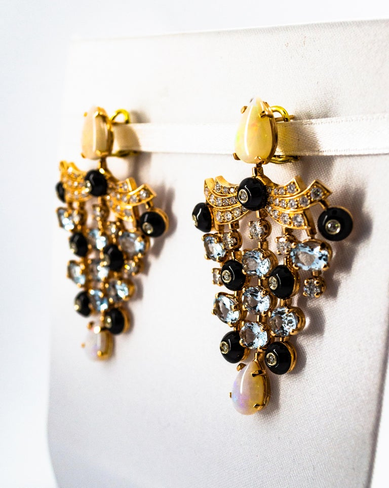 Art Deco 17.83 Carat White Diamond Opal Aquamarine Yellow Gold Clip-On Earrings In New Condition For Sale In Naples, IT
