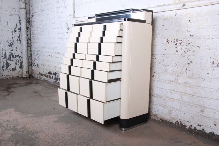 Art Deco 18-Drawer Dental Cabinet by American Cabinet Co., circa 1930s 5
