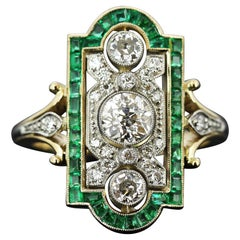 Art Deco 18 Karat Gold Ladies Ring with Diamonds and Emeralds, France, 1920s