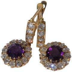 Art Deco 18 Karat Gold Amethyst Diamond Hanging Cluster Earrings