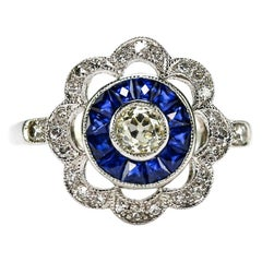 Art Deco 18 Karat White Gold Diamond and Sapphire Daisy Target Ring
