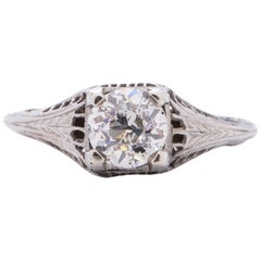 Art Deco 18 Karat White Gold Filigree Solitaire Vintage Ring