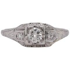Art Deco 18 Karat White Gold Modified Round Brilliant Cut Diamond Ring