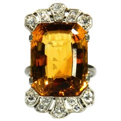Art Deco 18.7 Carat Citrine Diamond Cocktail Ring in 18 Karat Gold, circa 1930