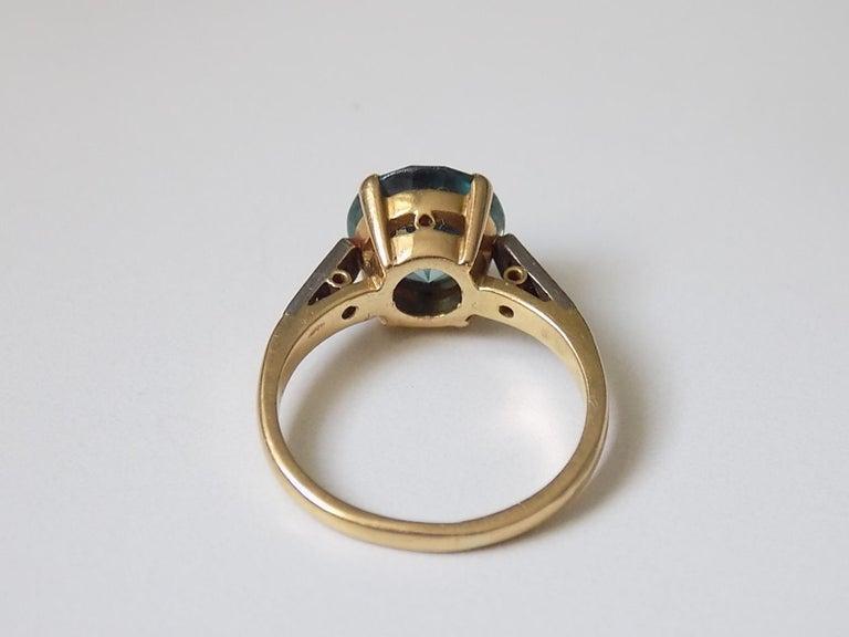 Art Deco 18 Karat Gold Blue Zircon Diamond Ring For Sale 1