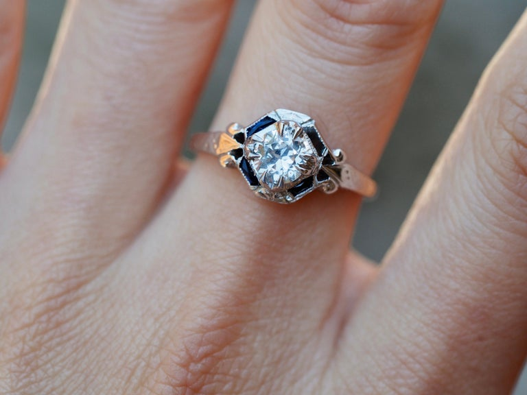 Women's Art Deco 18 Karat White Gold Old European Cut Diamond Ring