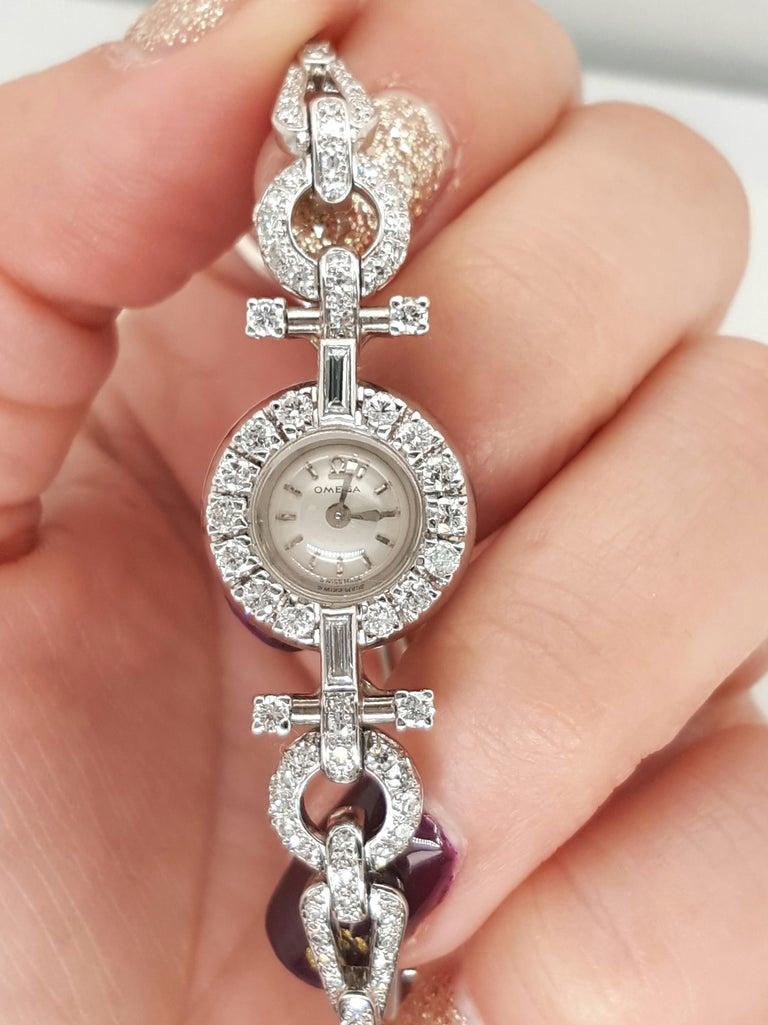 Art Deco Style 18 Karat White Gold Omega Diamond Ladies Swiss Wristwatch For Sale 2