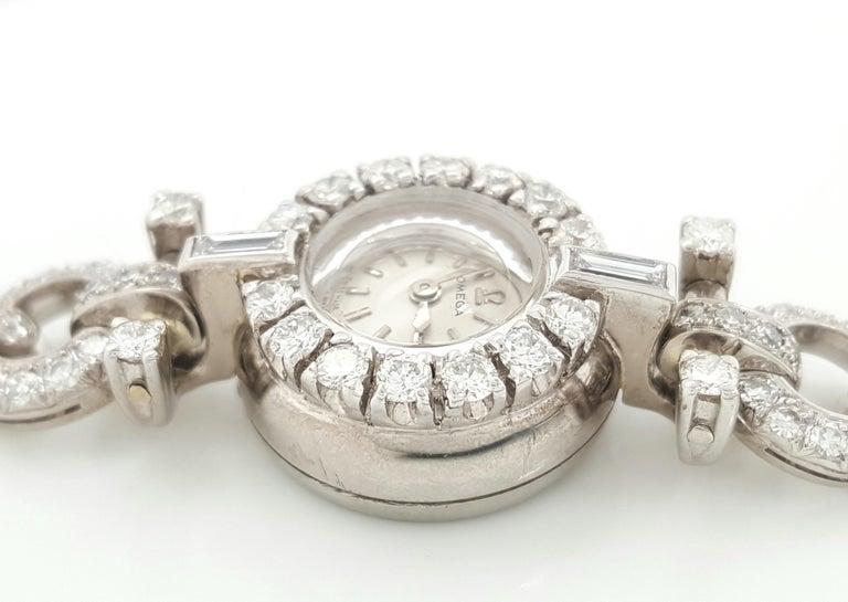 Art Deco Style 18 Karat White Gold Omega Diamond Ladies Swiss Wristwatch For Sale 4