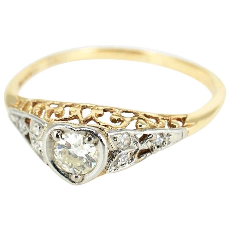 Art Deco 18 Karat Yellow Gold Platinum Diamond Heart Ring, 1930s