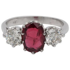 Art Deco 1.90 Ct Natural Unheated Red Spinel 1.0 Ct Diamond Platinum Trilogy Rin