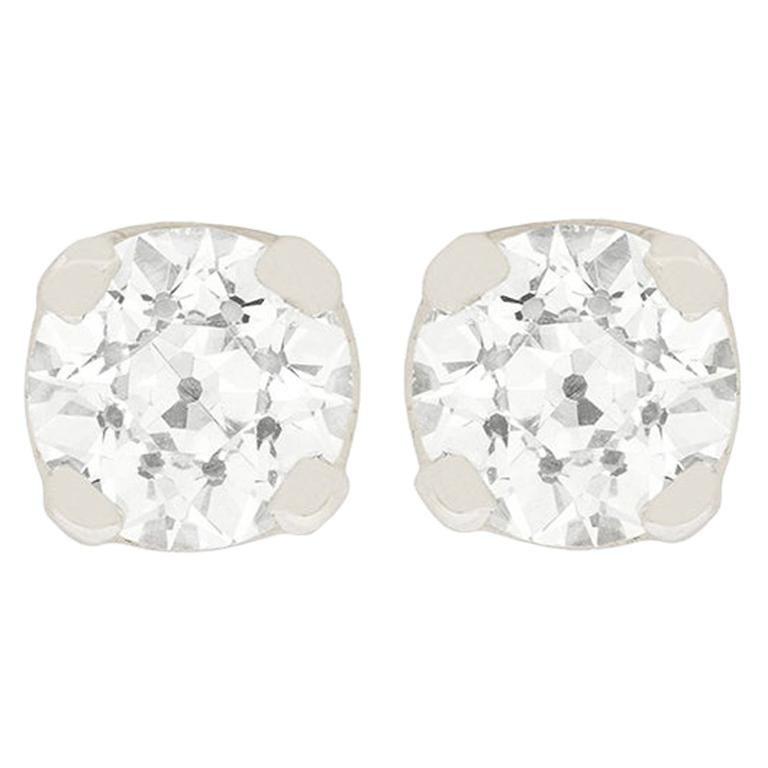 Art Deco 1.90 Carat Diamond Stud Earrings, circa 1920s For Sale