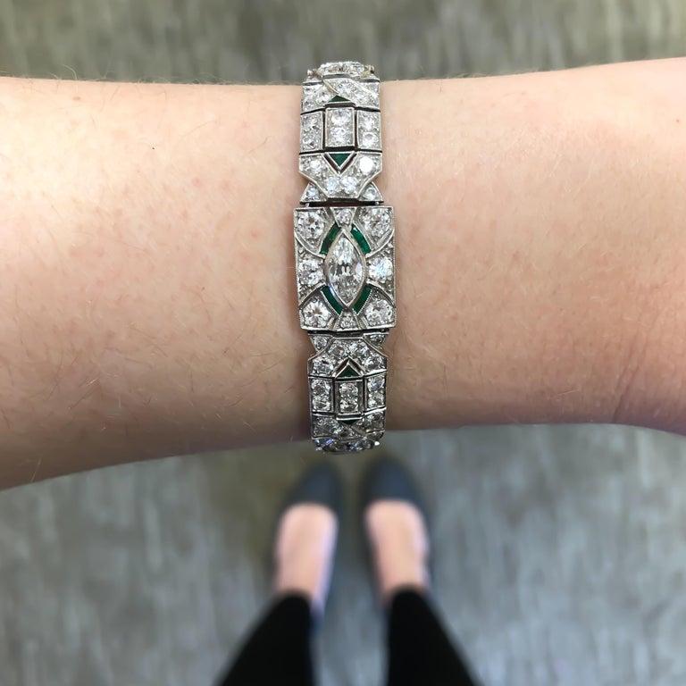 Art Deco 1920s 5 Carat Diamond and Emerald Platinum Bracelet For Sale 2