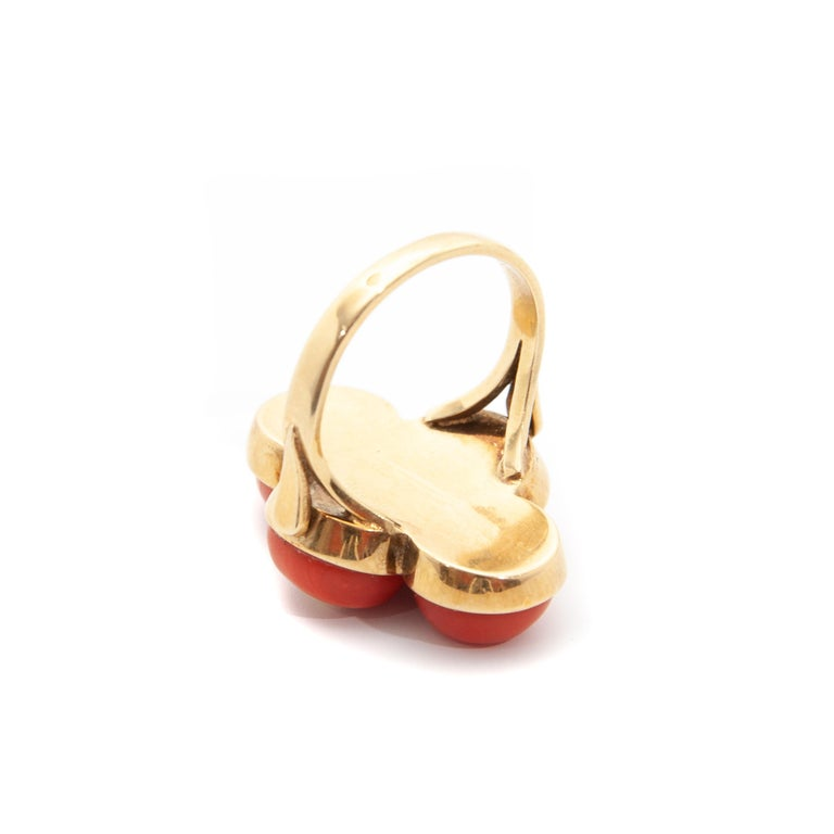 Vintage 14 Karat Gold Red Coral Jewelry Set For Sale 1