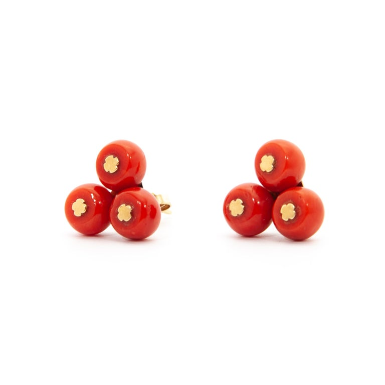 Vintage 14 Karat Gold Red Coral Jewelry Set For Sale 2