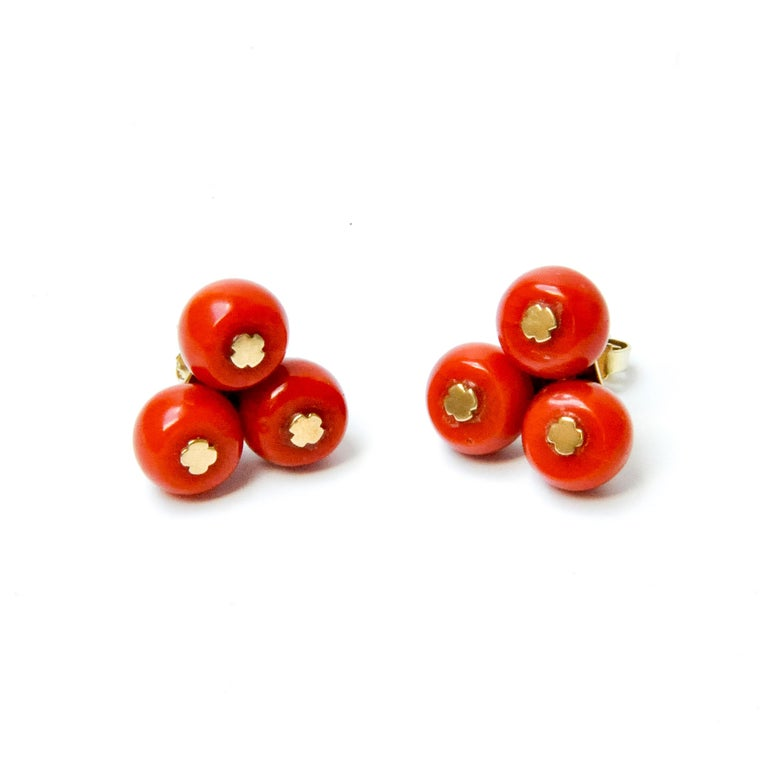 Vintage 14 Karat Gold Red Coral Jewelry Set For Sale 4