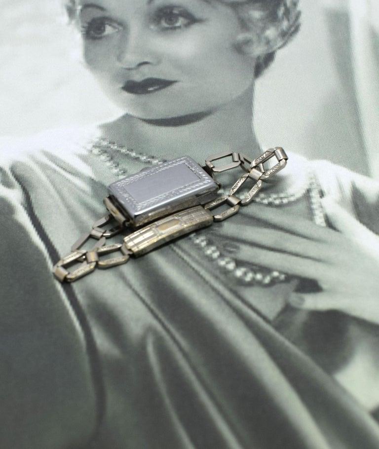 Bulova Armbanduhr datiert
